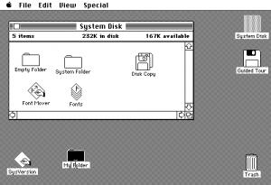 最初的Mac OS图形界面只有两种颜色,苹果通过对深度,纹理,按钮和图标的控制,来模仿现实生活中的物体。界面的美观很大程度上受制于技术,而不是设计师。