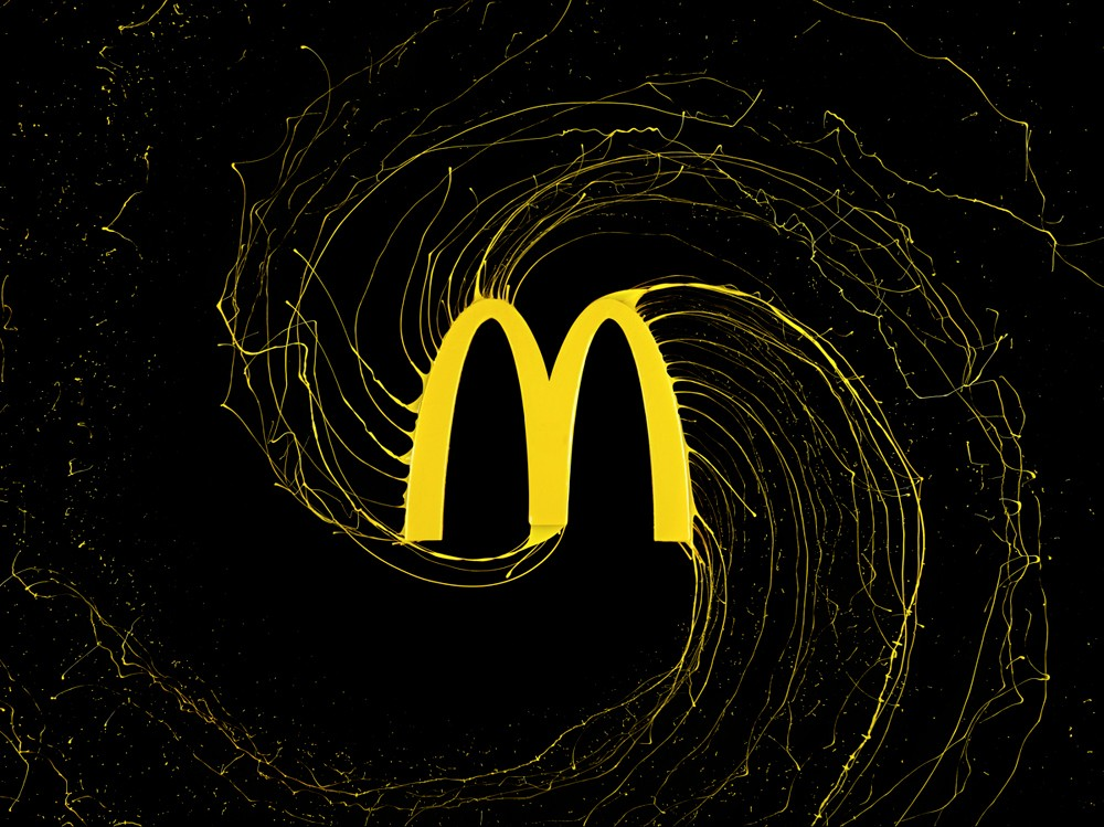 想看看液体化的品牌Logo长啥样吗?