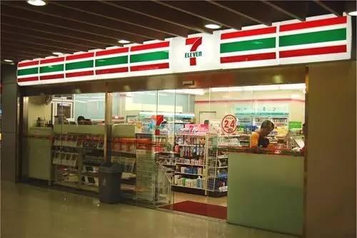 靠售卖零售商品的便利店,竟然能在全球开超过6万家