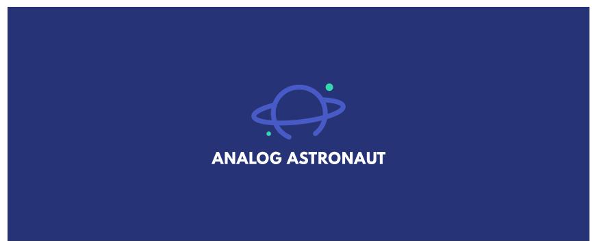 将字母A中间的一横换成一个圈,就是一个星球的样子。由此就构成了品牌LOGO,完美地突出了品牌ANALOG ASTRONAUT。