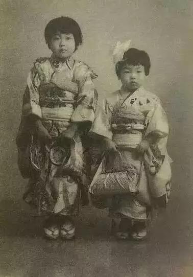 博文配图(樱桃子与姐姐)