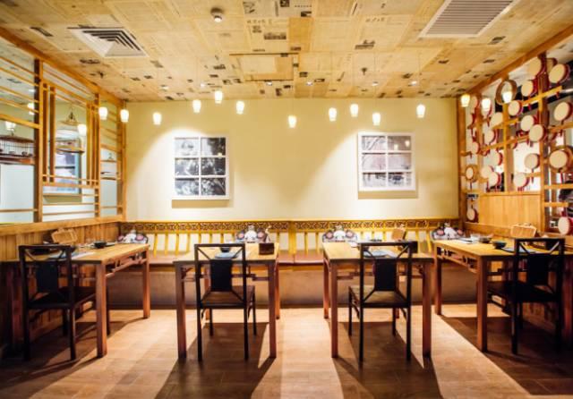 一个餐厅的气质还是要靠设计来体现